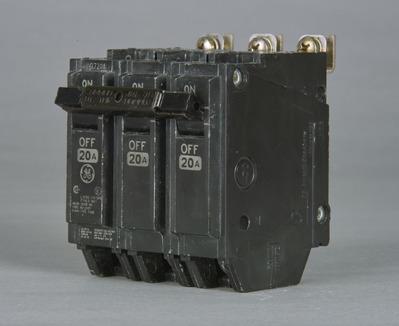 North American Circuit Breaker THQB32045 GE Distribution THQB32045 Molded Case Circuit Breaker; 45 Amp, 240 Volt AC, 3-Pole, Bolt-On Mount